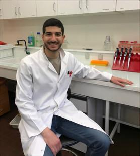 Patrick Hanna : « corriger plusieurs gènes ensemble et uniquement les gènes d'intérêt est un grand défi en biologie ».