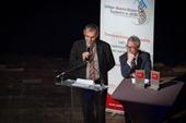 Hervé Suty, directeur de la Recherche et de l'Innovation, et Patrick Couzinet, Conseiller spécial du Directeur général de Veolia Eau, à l'occasion de la remise des prix Veolia de l'Innovation