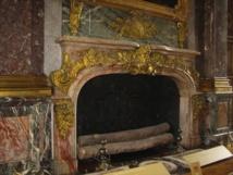Cheminée du Salon Hercule - Chateau de Versailles. DR