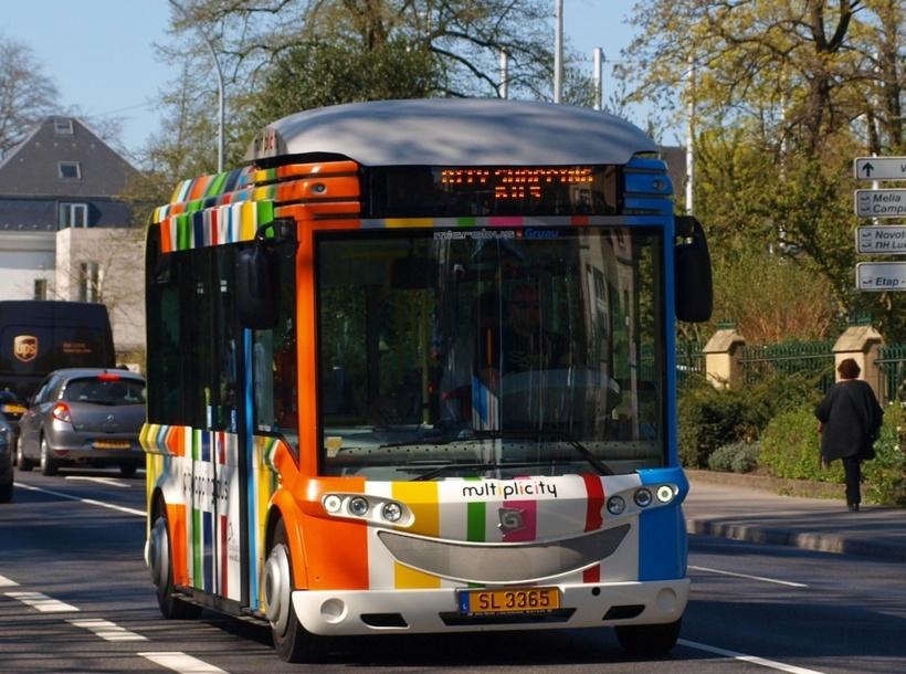 Un Gruau Microbus au Luxembourg, pays qui fut parmi les premiers à déployer des lignes de bus électriques (sous licence Creative Commons)