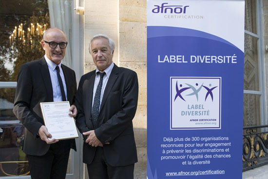 François Rebsamen remet le Label Diversité à neuf organismes