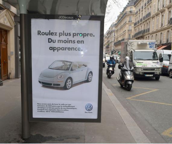 Source : http://citizenpost.fr/2015/11/brandalism-600-fausses-affiches-publicitaires-denoncer-partenaires-de-cop21/