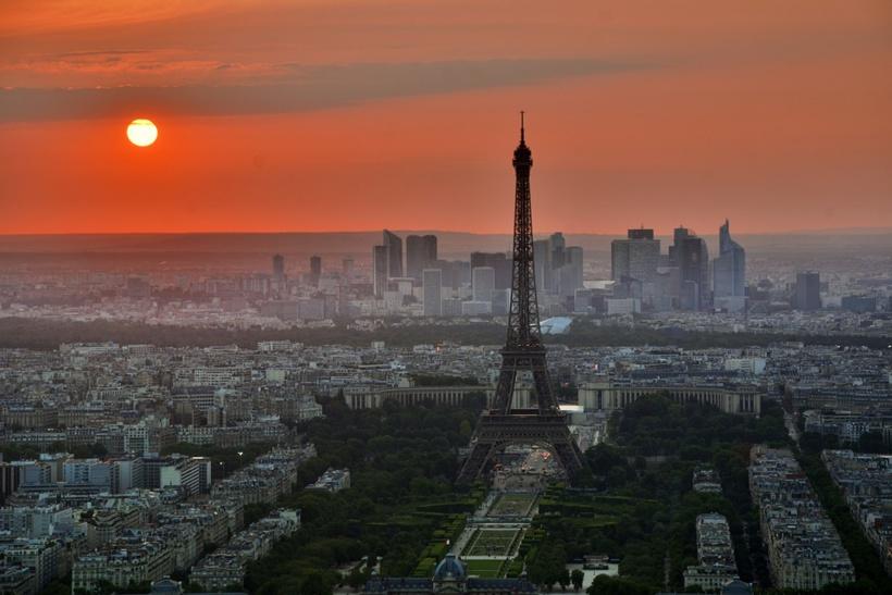Paris : Pixabay, image libre de droits.