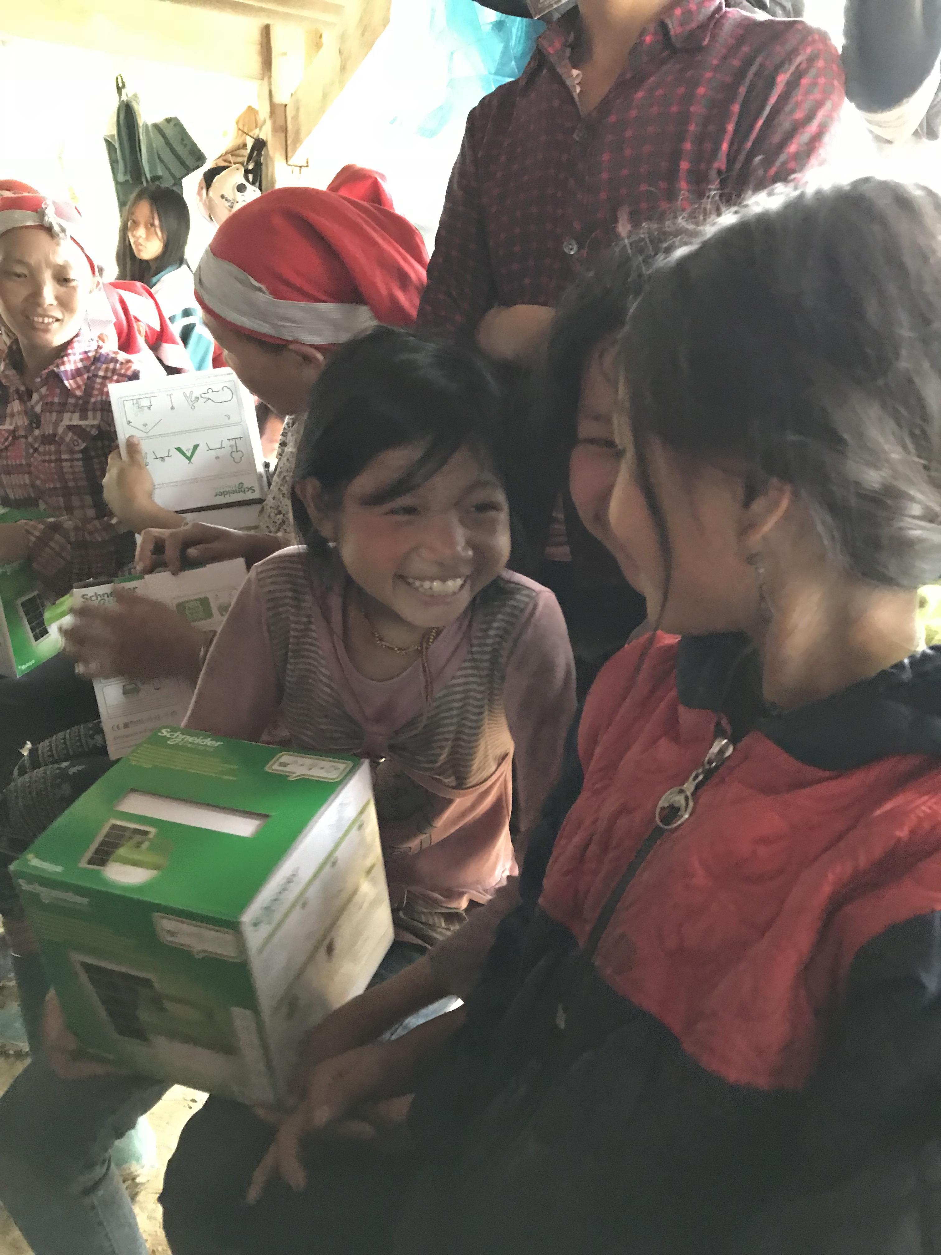 Amener l'électricité dans des villages du Vietnam grâce à l'arrondi sur salaire