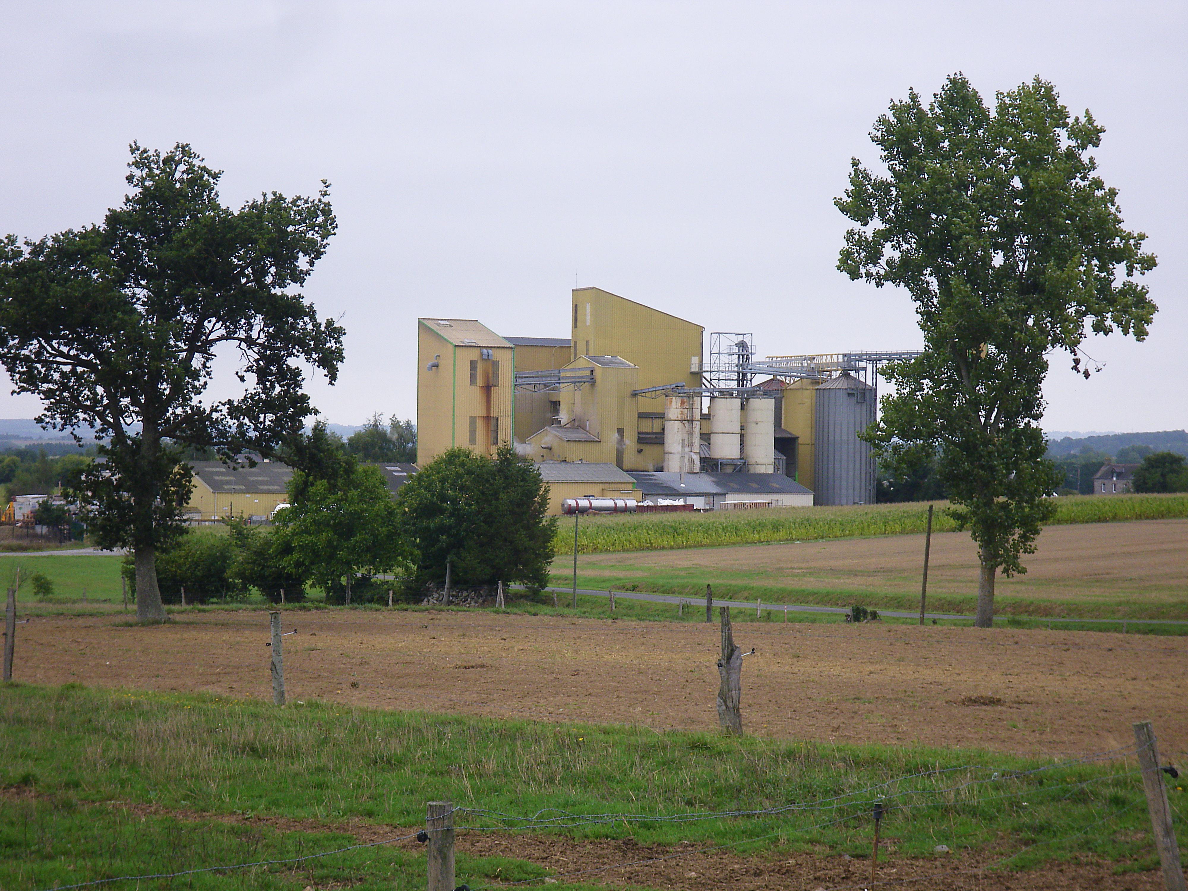 L'usine à la campagne, symbole d'une union équilibrée entre primaire et secondaire, au bénéfice des territoires.
