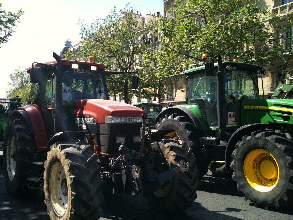 Agriculture, le ministère de l'Ecologie défend sa « démarche de progrès »