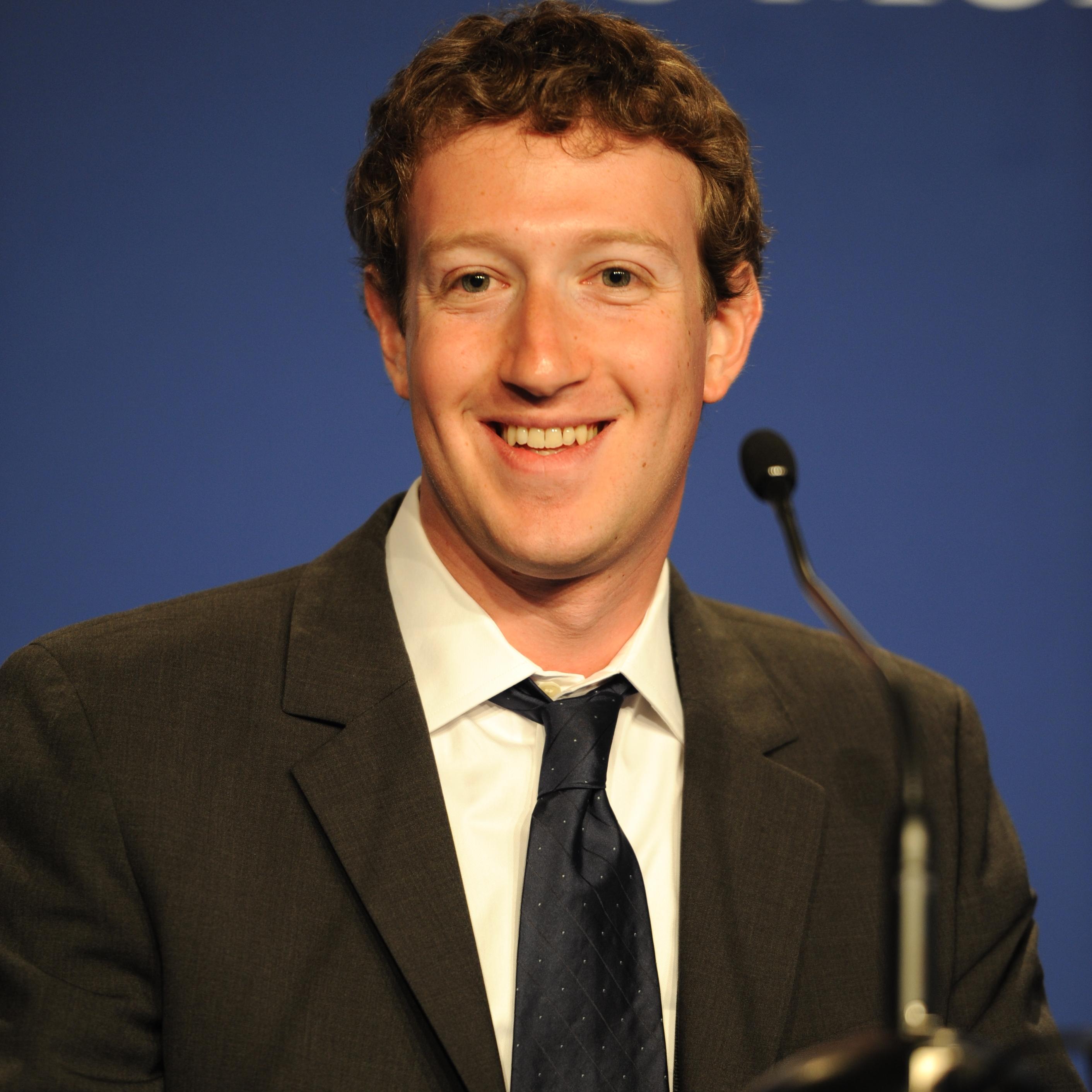 Bienvenue au club littéraire du fondateur de Facebook !
