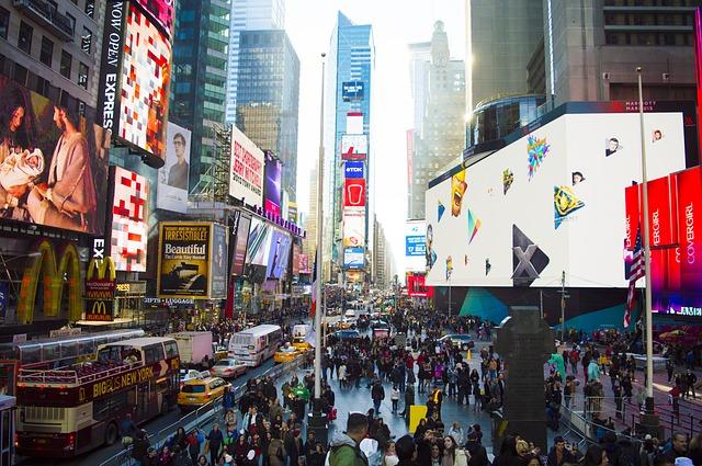 Pollution et gaspillages, les associations s'inquiètent du nouveau décret sur l'affichage publicitaire