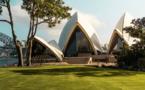 Sydney se reconfine, l'hémisphère Nord tremble