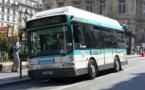 """PVI est le fabricant des Gépébus, servant déjà dans les rangs de la RATP sous l'appellation de """"Montmartrobus""""  (licence Creative Commons)"""