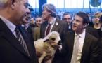 Agro-écologie, opération séduction de Manuel Valls au Salon de l'agriculture
