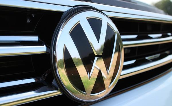 Responsabilité sociale, le PDG de Volkswagen s'attaque à Tesla