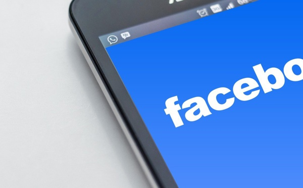 Facebook et l'effet d'annonce sur le bannissement des publicités anti-vaccins