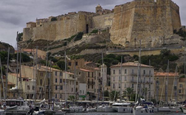 En Corse, la situation sanitaire provoque le déclenchement du plan blanc